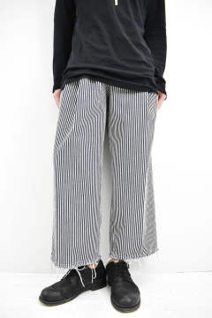 《残り1点!!》3Tuck Denim Trousers